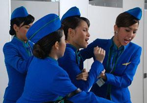 รวมฉากจูบ และ ฉากตบในละครไทย : บี โดน ไอซ์รุมในสงครามนางฟ้า
