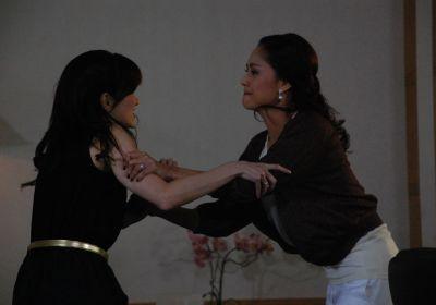 รวมฉากจูบ และ ฉากตบในละครไทย : อ้อม ปะทะ นก สินจัย ในอาทิตย์ชิงดวง