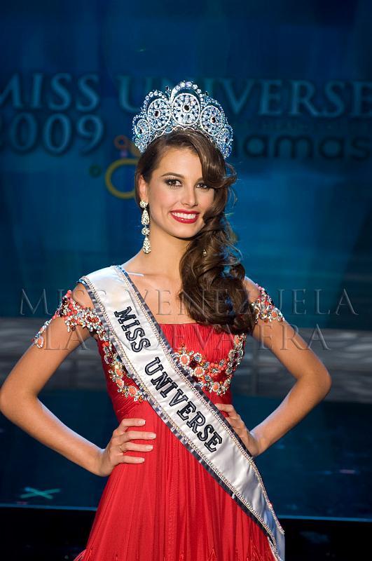 ใครคือ Miss Universe ที่สวยที่สุด : Dayana Mendoza 2008 เวเนซูเอลา