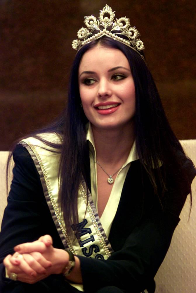 ใครคือ Miss Universe ที่สวยที่สุด : Oxana Fedorova 2002รัสเซีย