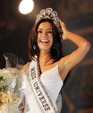 ใครคือ Miss Universe ที่สวยที่สุด : Natalie Gelbova 2005 แคนนาดา