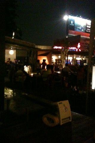 รวมๆกิจการร้านอาหาร - ของหวานของดาราคนดัง : ร้านTurn it up ของโฬม