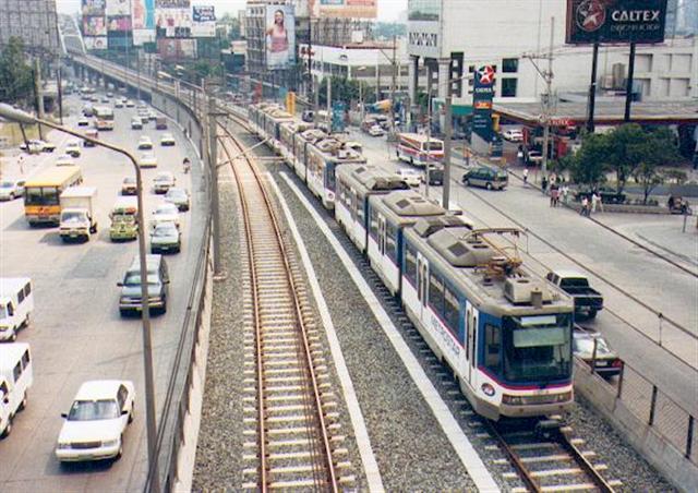 รถไฟฟ้าในเอเชียตะวันออกเฉียงใต้ ไทยเจ๋งสุด ทันสมัยสุด : มะนิลา