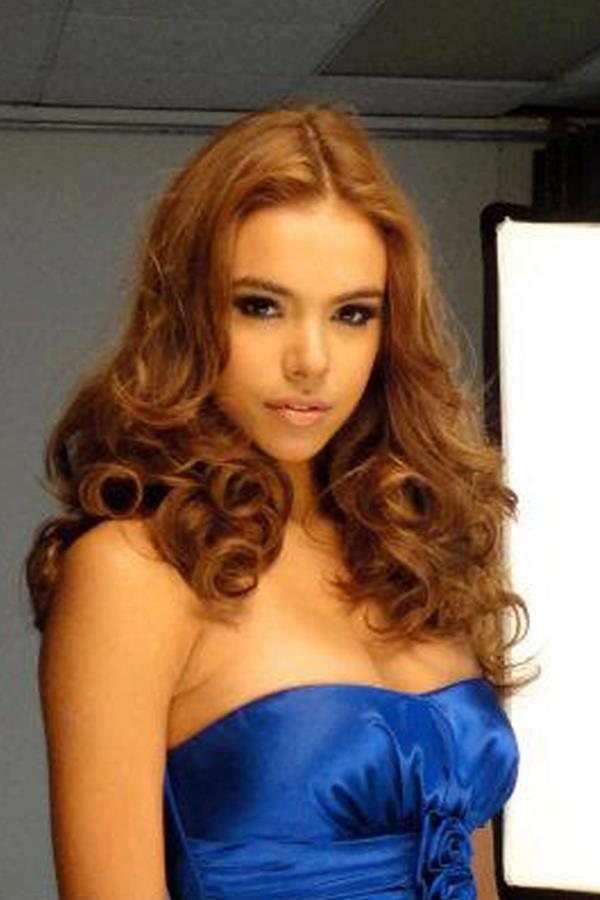 ปีนี้เชียร์ Miss Universe Puerto Rico 2012 Bodine Koehler Peña