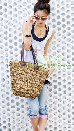 แฟชั่น กระเป๋าสาน เทรนด์สวยที่เหมาะกับหน้าร้อนสุด ๆ :