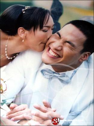 """ภาพตอนแต่งงานของ""""บ๊วย - ตุ๊ก"""""""