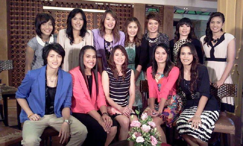 ทีมวอลเลย์บอลสาวไทย ในเเบบสวยหวาน :