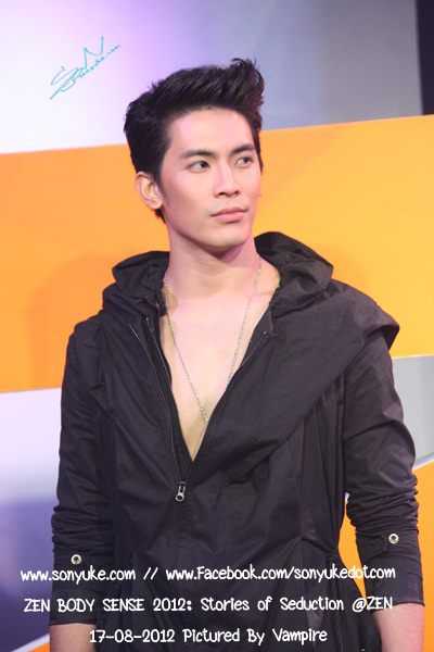 สน ยุกต์ งาน ZEN BODY SENSE 2012 : Stories of Seduction @ ZEN :