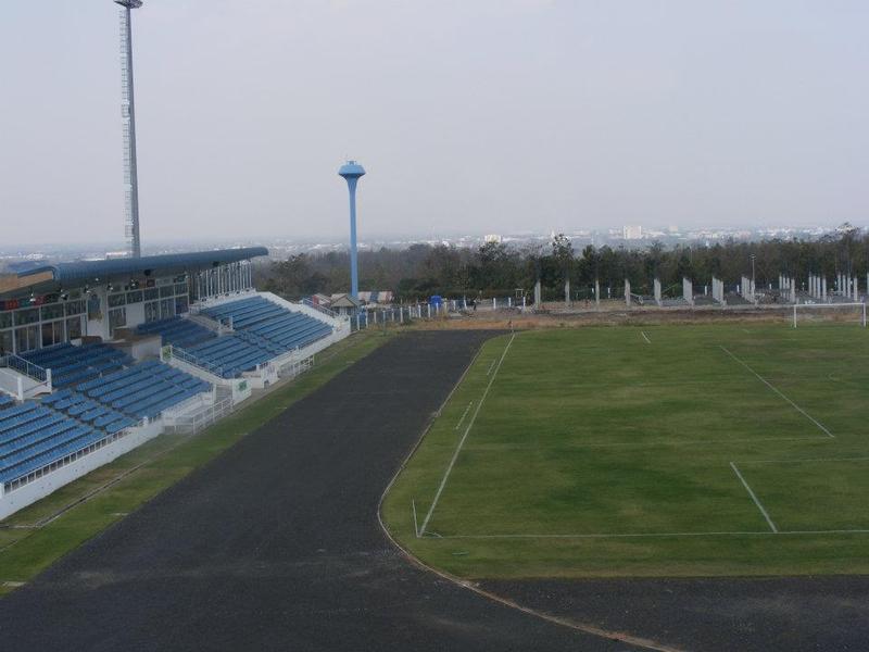ศูนย์ราชการใหม่ยิ่งใหญ่กว่าเดิม รองรับประชาคมอาเซี่ยน : สนามกีฬากลางจังหวัดบุรีรัมย์ พัฒนาใหม่ (ชื่อใหม่เขากระโดงสเตเดี้ยม