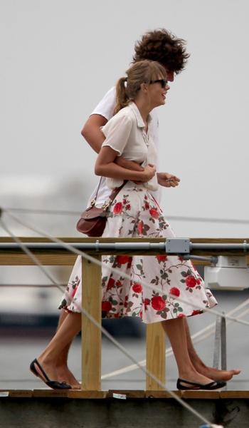 ช็อค ! Taylor Swift เลิกรากันกับแฟนหนุ่ม Conor F. Kennedy แล้ว :