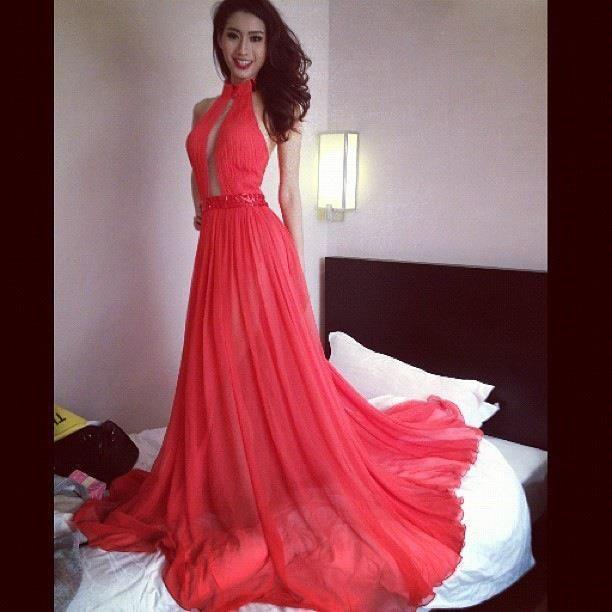 กวาง พรภัสสร อัตถปัญญาพล ตัวแทนสาวไทยไปประกวด Miss Tourism Queen of the Year International 2012 : ใครว่ากวาง ไม่เริ่ดคะ !!!
