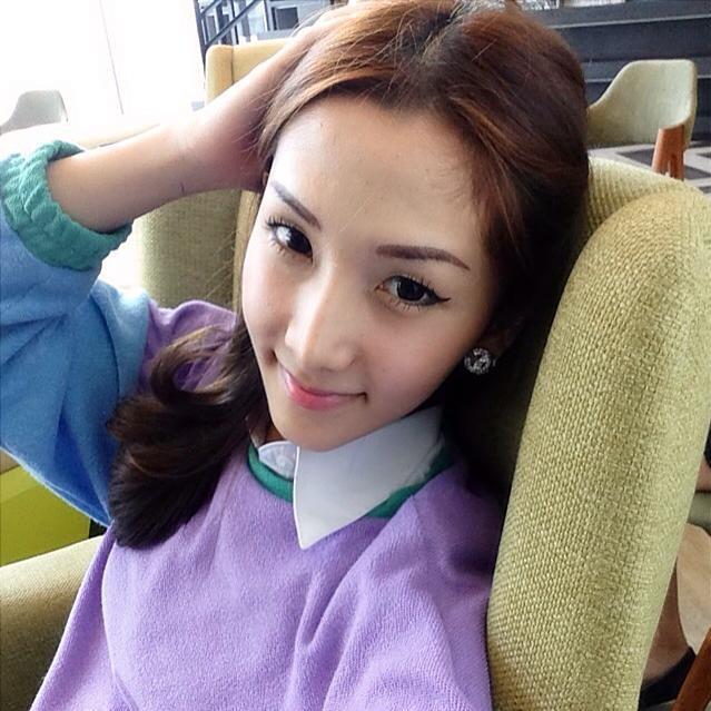 กระเทยสวยใน Facebook : ซิน  สวย น่ารัก ครบรส ผู้หญิงยังอาย