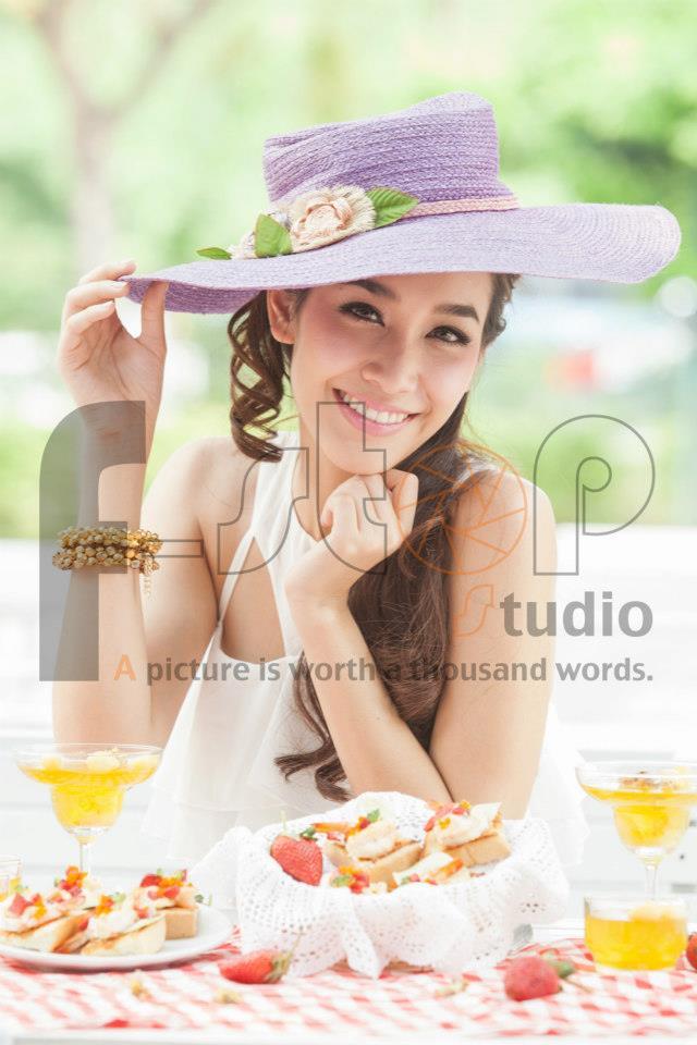 มิน พีชญา @  Meal me issue 10 March-April 2013 :