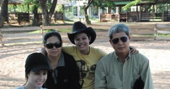 ย้อนวันวานแห่งความสุข ครอบครัว ขวัญ อุษามณี
