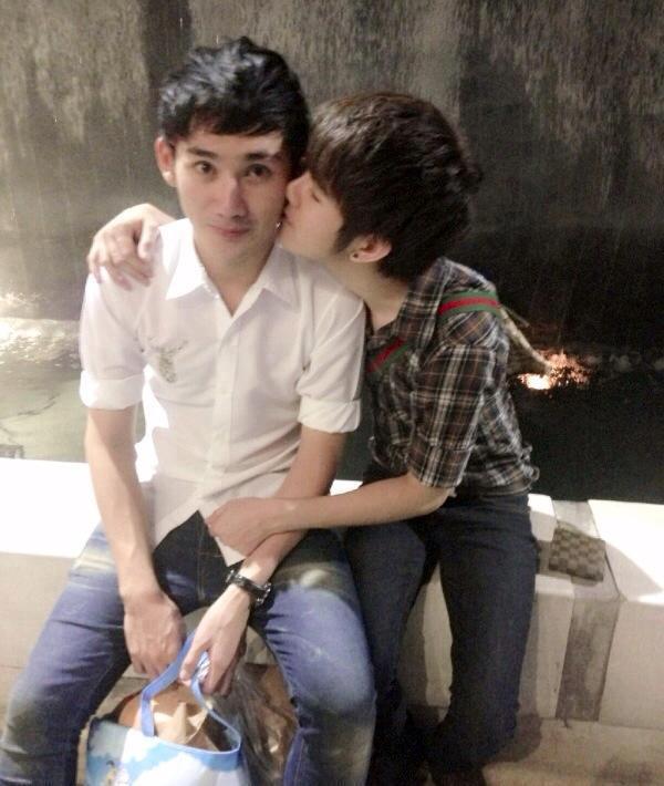 คู่เกย์ น่ารัก :