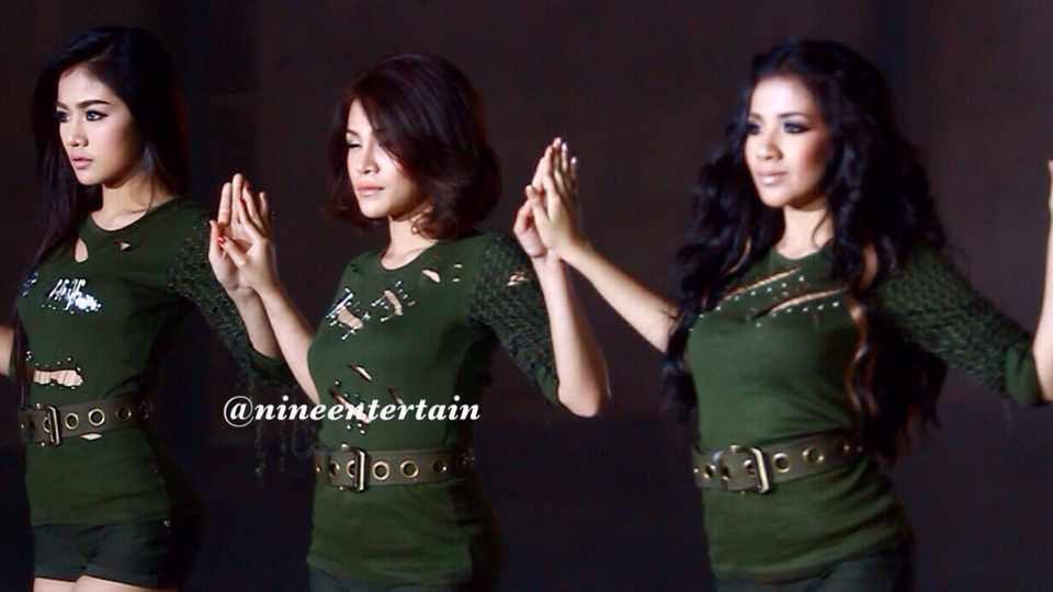 ภาพเบื้องหลัง Mv เพลงโยน ของสาวๆ สโมสรชิมิ :