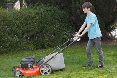 teen-mowing-lawn