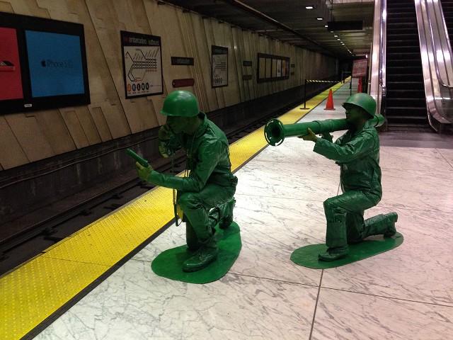 plastic_army_men_halloween_costume_01_2