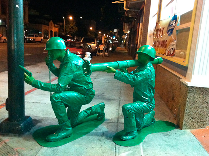 plastic_army_men_halloween_costume_03