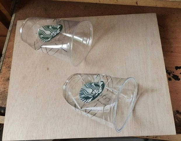 ภาพวาด 3 มิติ แก้วสตาร์บัคส์